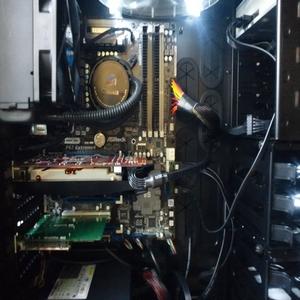 マザーボードにCPU・メモリー 初めてのパソコン自組み立て 組立編1